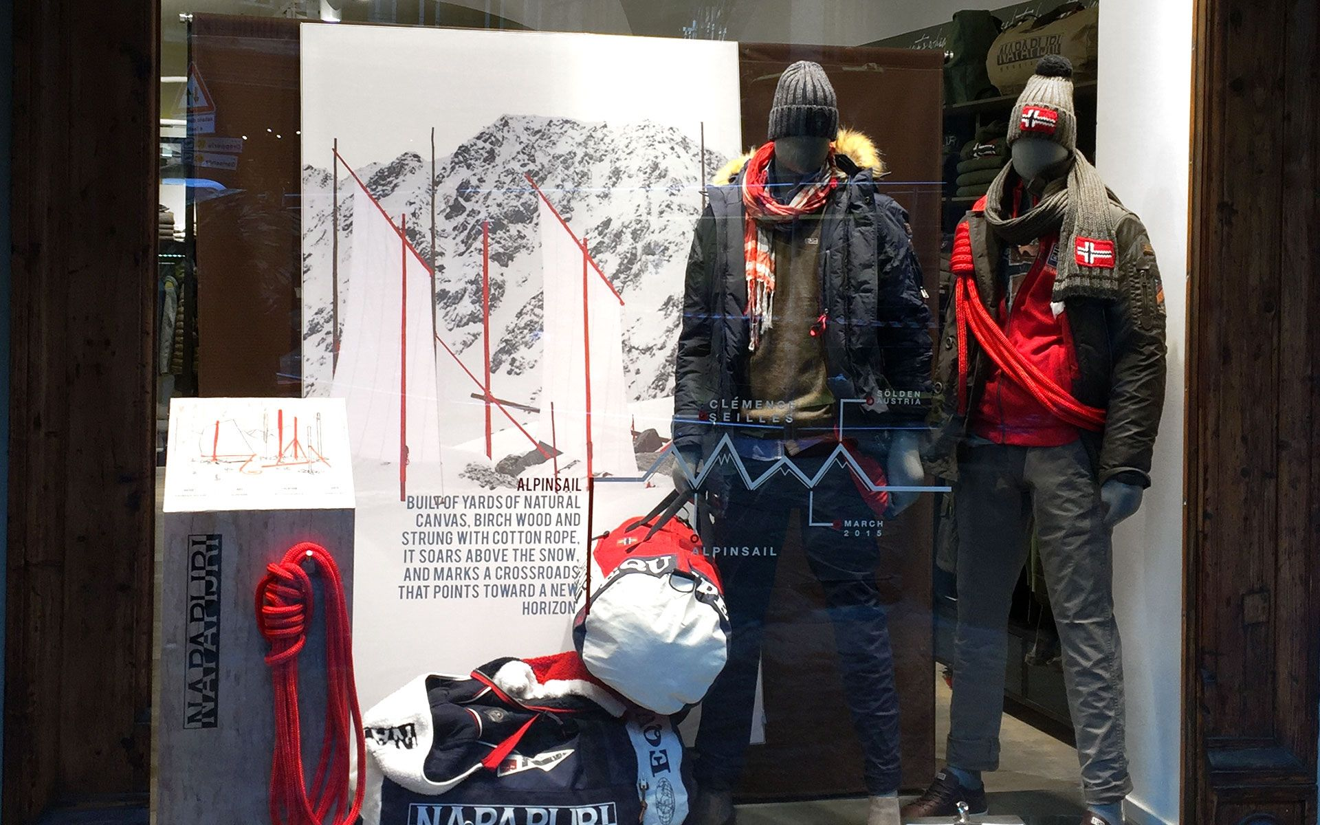 Window Display - Fall Winter 2015